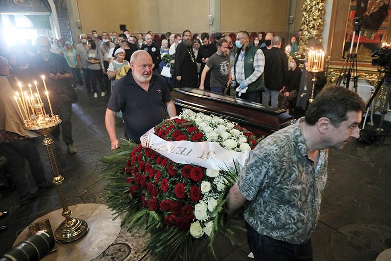 Церемония прощания с Петром Мамоновым