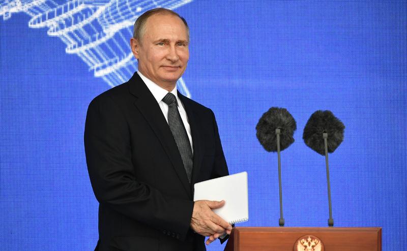 Владимир Путин на авиасалоне МАКС