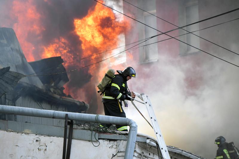 Пожар в доме на Лиговском проспекте
