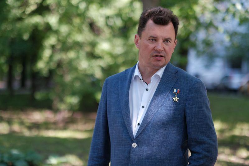 Лётчик-космонавт Роман Романенко