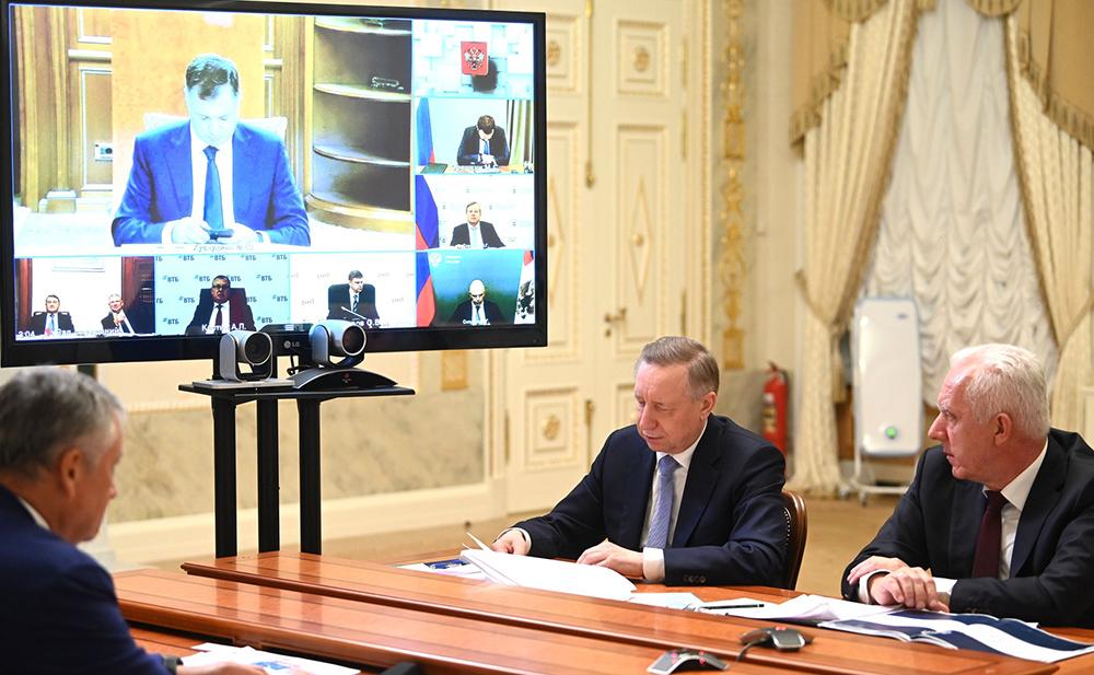 Владимир Путин провёл совещание по вопросам развития транспортной системы Санкт-Петербурга