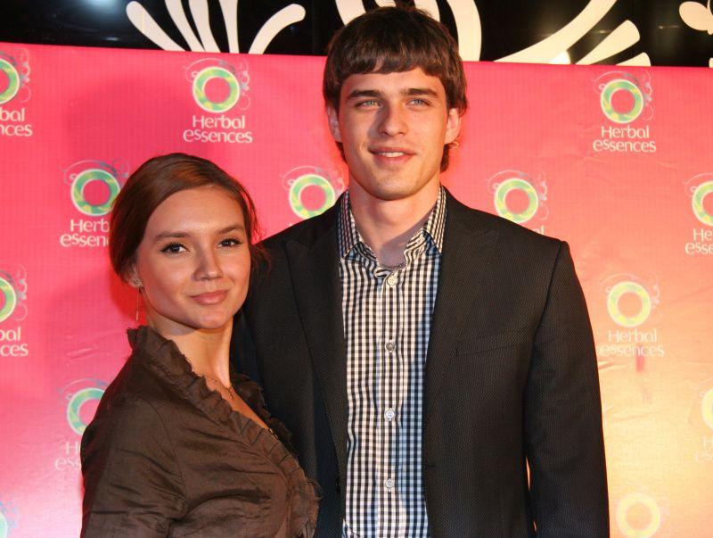 Василий Степанов и Дарья Егорова