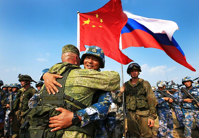 Военные России и Китая