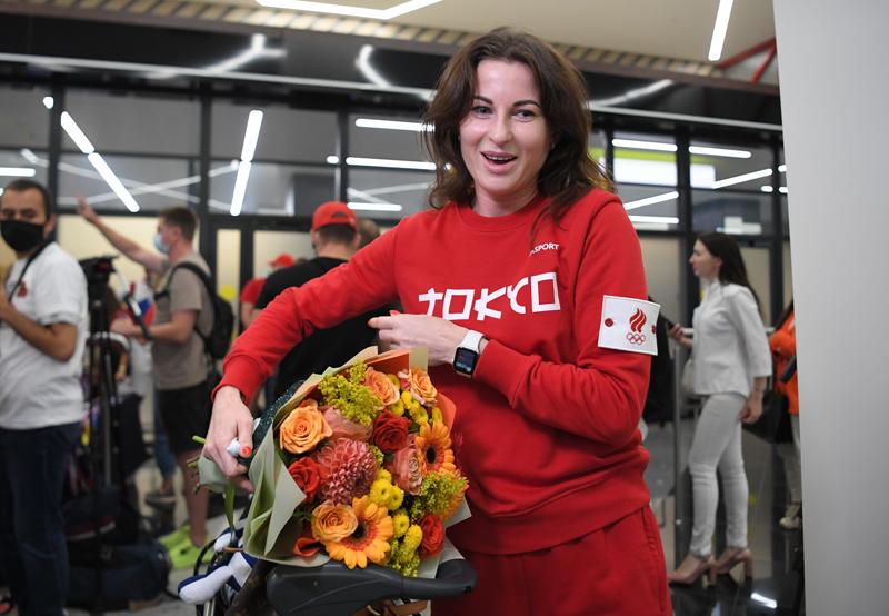 Российская спортсменка, член сборной России (команда ОКР) по фехтованию Инна Дериглазова