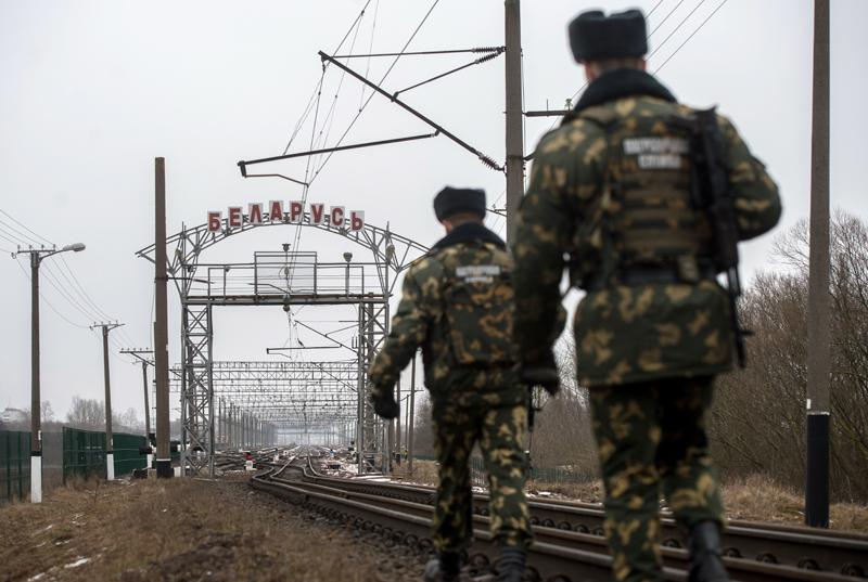 Сотрудники пограничной заставы имени Кижеватова в Брестской области