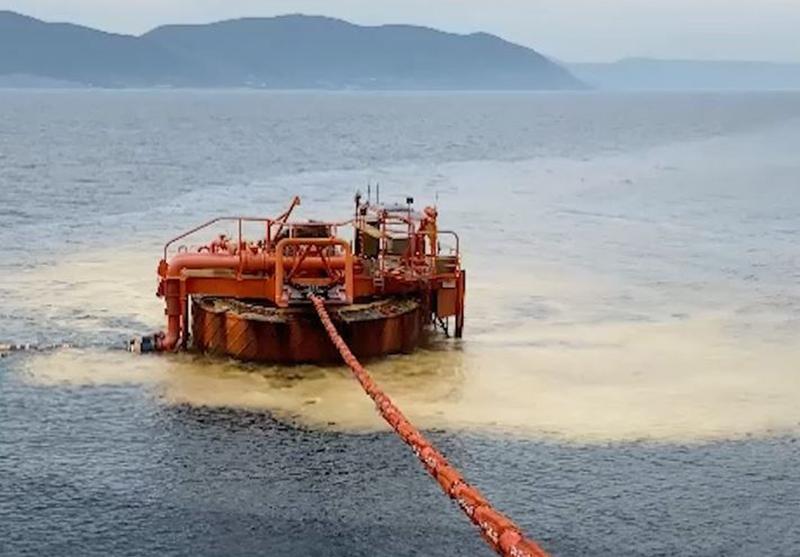 Разлив нефти в Черном море