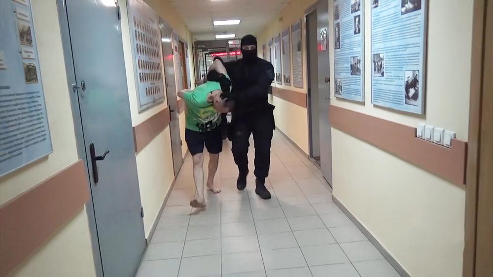 Задержанный мужчина