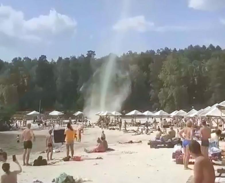 Песочный вихрь