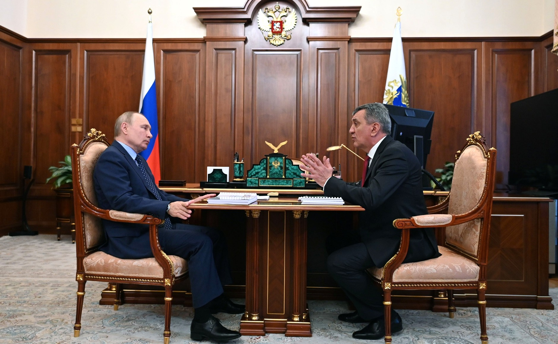 Владимир Путин и Сергей Меняйло