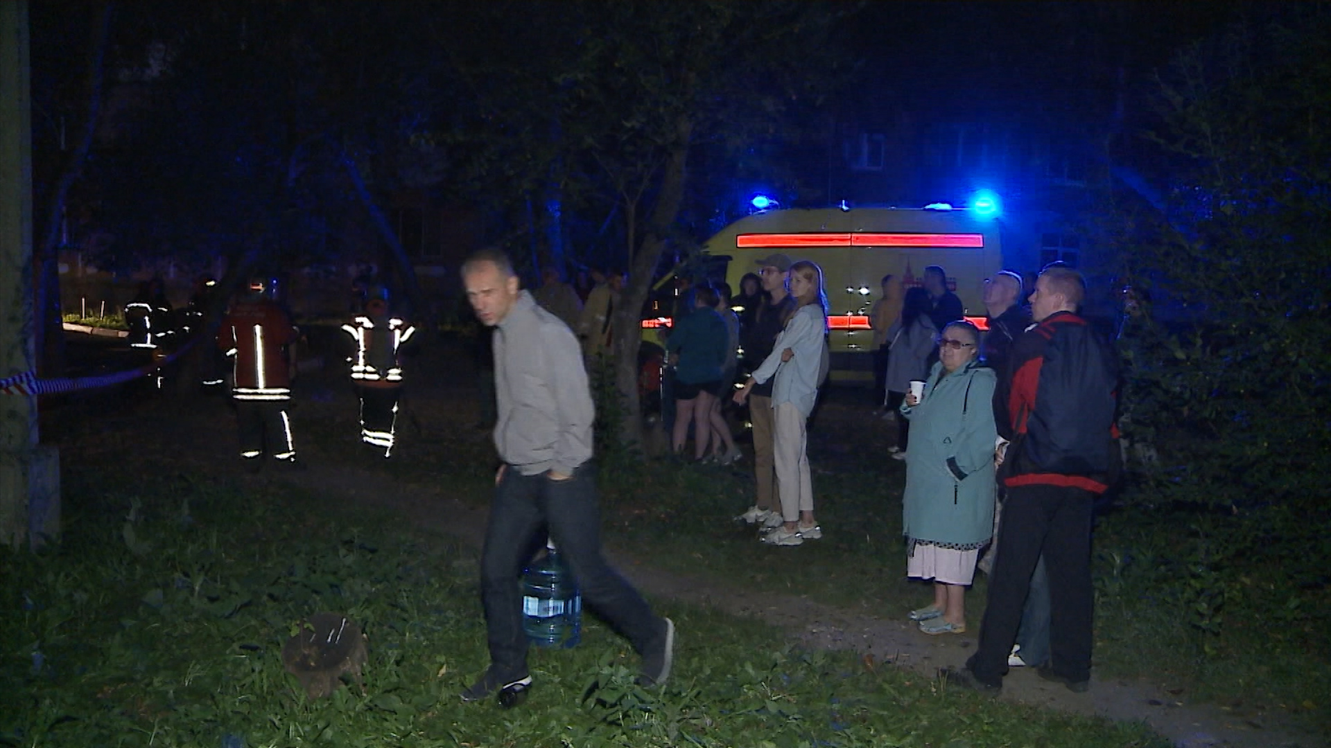 Пожар жилого дома в Екатеринбурге