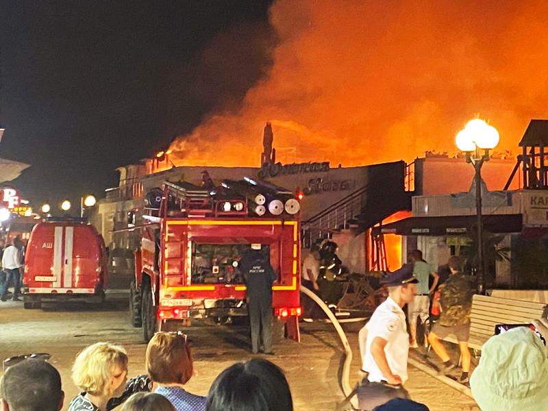 Пожар в кафе в Сочи