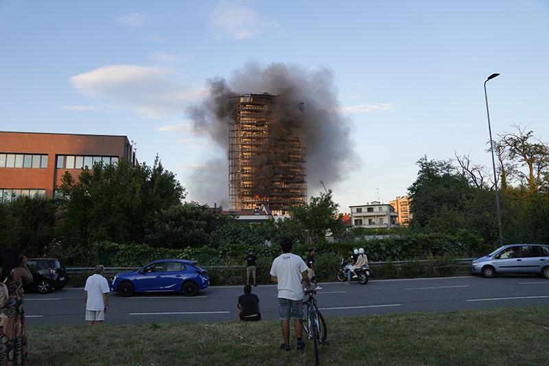 Пожар в Милане