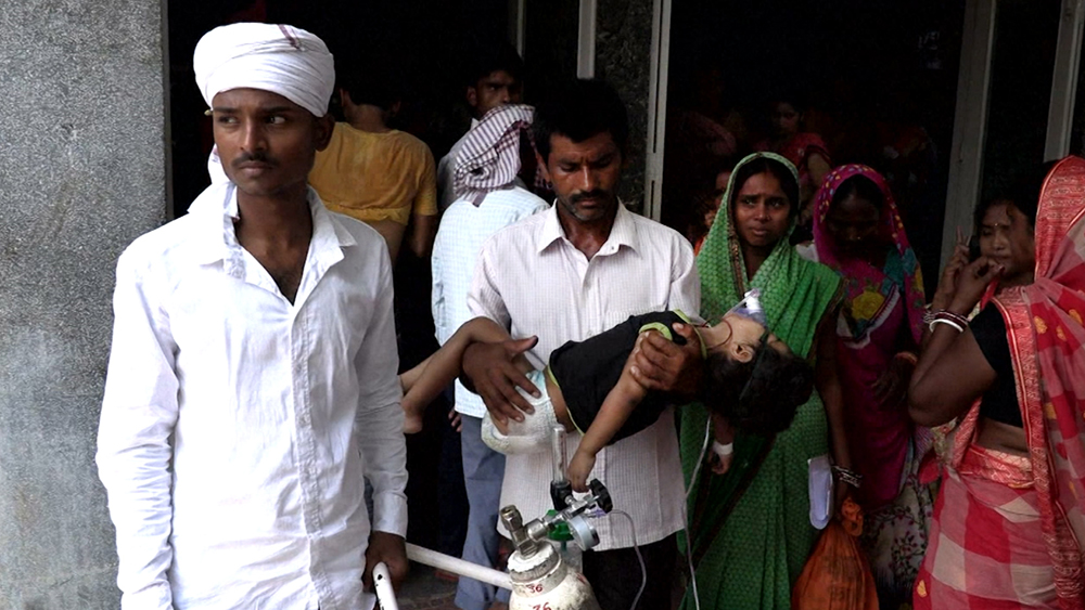 Дети в больнице в Индии