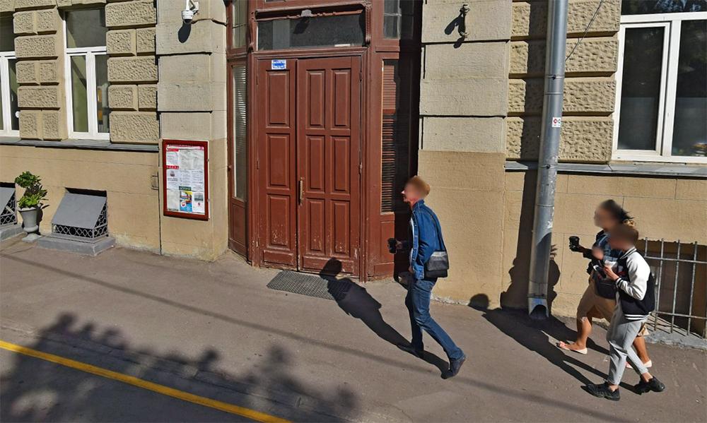Пропавшая дверь в историческом здании на Малой Молчановке