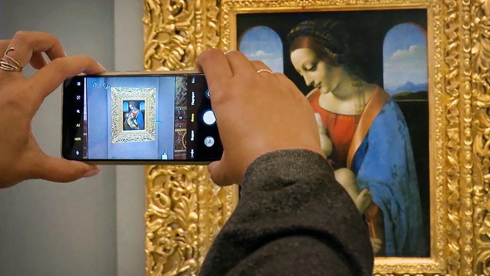 """Картина Леонардо да Винчи """"Мадонна Литта"""""""