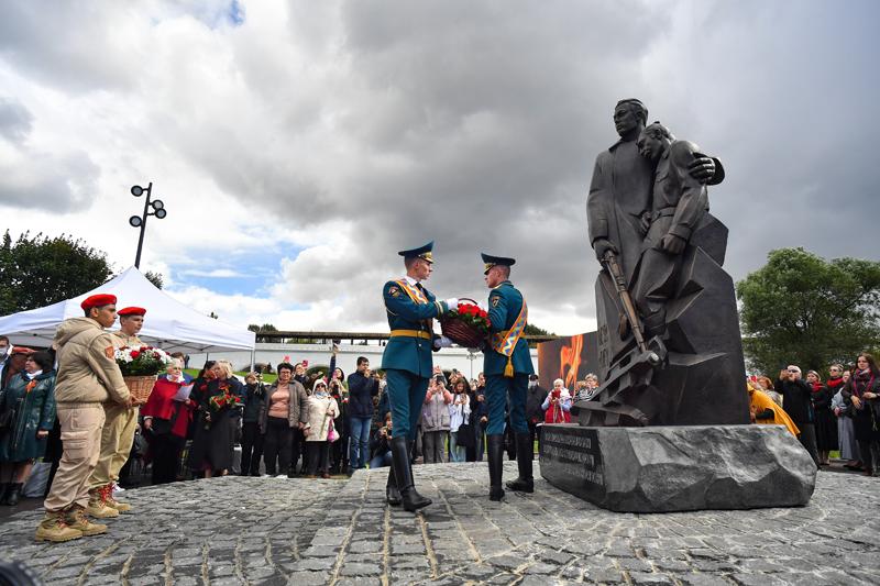 Памятник Героям 13-й Ростокинской дивизии народного ополчения