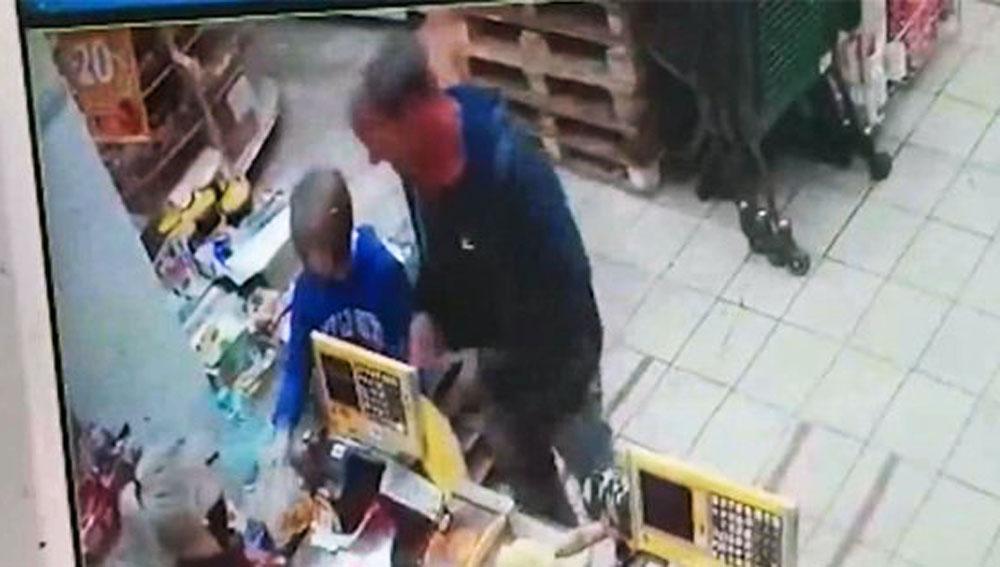 Пропавших в Кузбассе 10-летних школьниц увел странный мужчина