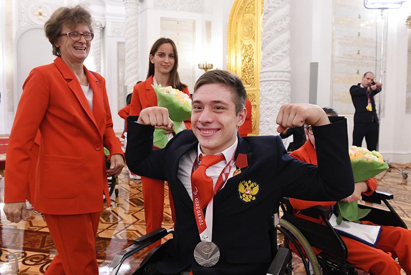 Церемония награждения паралимпийцев