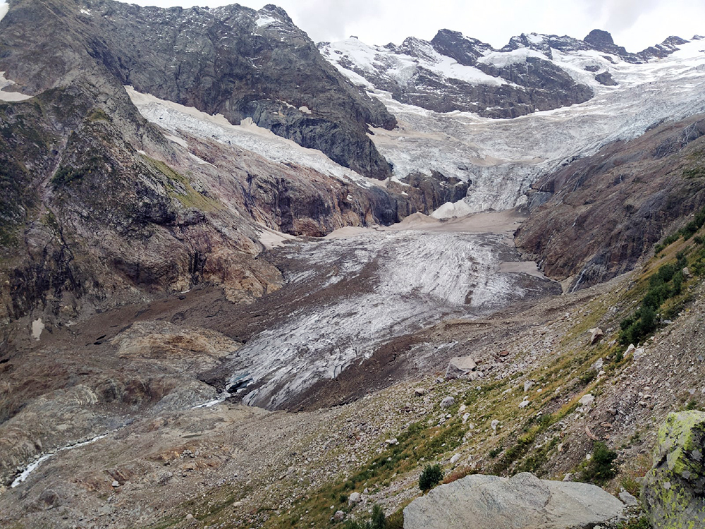 Сход ледника в Карачаево-Черкесии