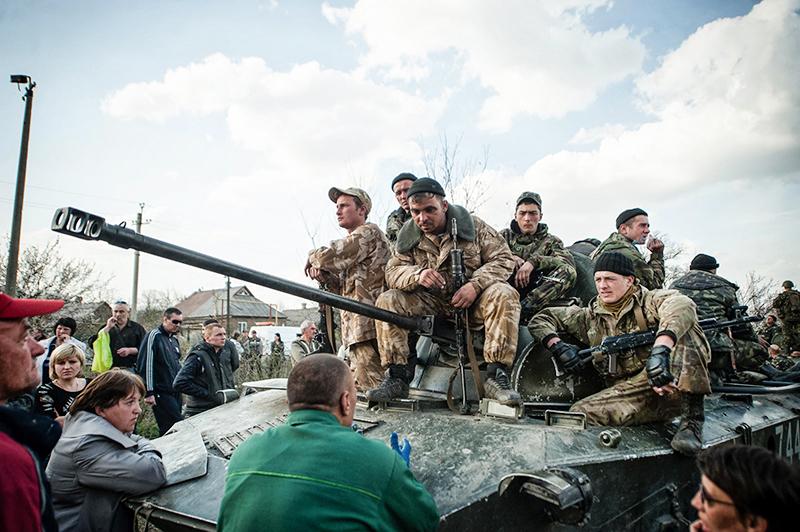 Украинские военные в Донбасс