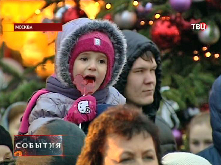 Посетители ярмарки в Москве