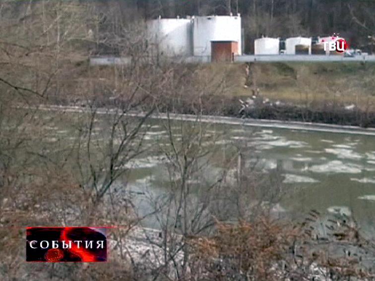 В США из-за утечки в реку Элк попали опасные химическте вещества