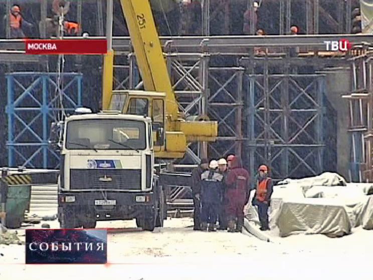 Строительство эстакады на севере Москвы
