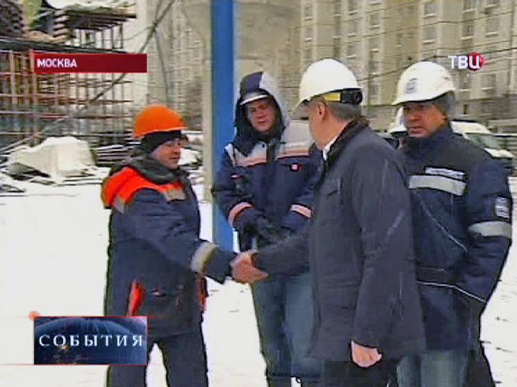 Сергей Собянин оценивает строительство эстакады в Москве