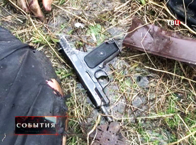 Пистолет боевика
