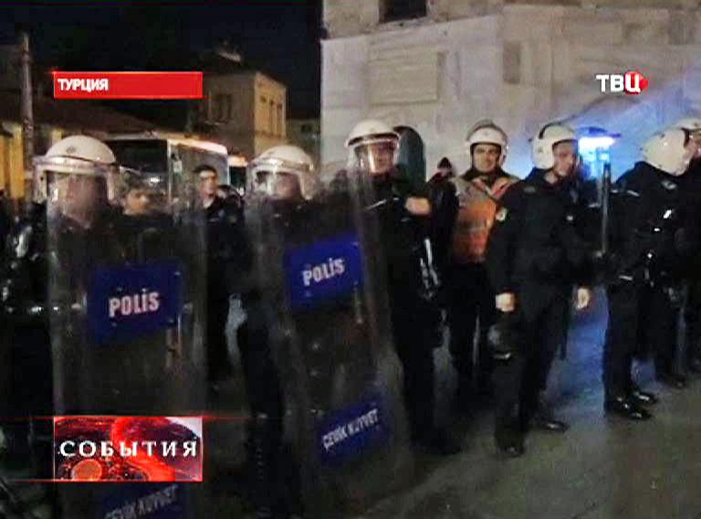 Полиция следит за порядком