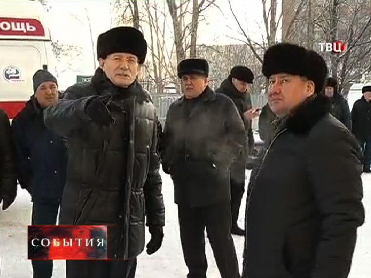 На место трагедии прибыл и президент республики Башкортастан Рустэм Хамитов