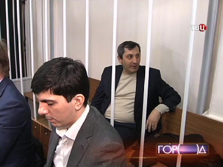 Вице-премьер Дагестана Магомедгусен Насрутдинов в суде