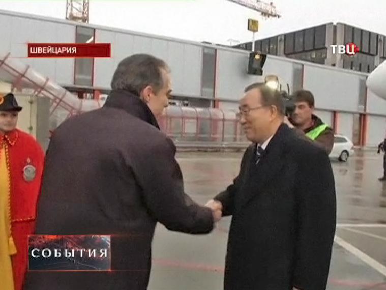 """Генеральный секретарь ООН Пан Ги Мун прилетел на конференцию """"Женеве-2"""""""