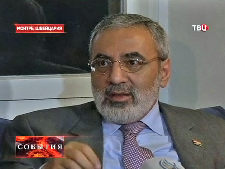 Омпан Аз-Зоуби, министр информации Сирии