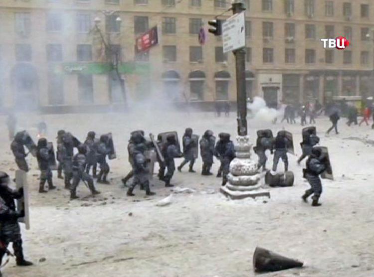 Разгон демонстрантов в Киеве
