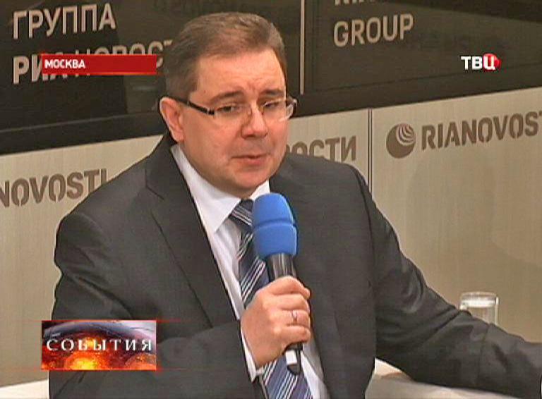 Сергей Смирнов - руководитель дирекции по делам молодежи