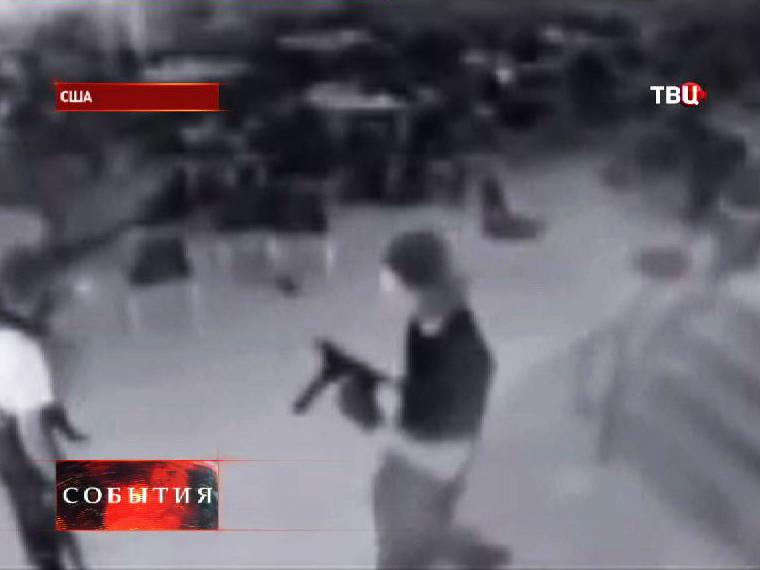 Старшеклассник открывший стрельбу в школе в США