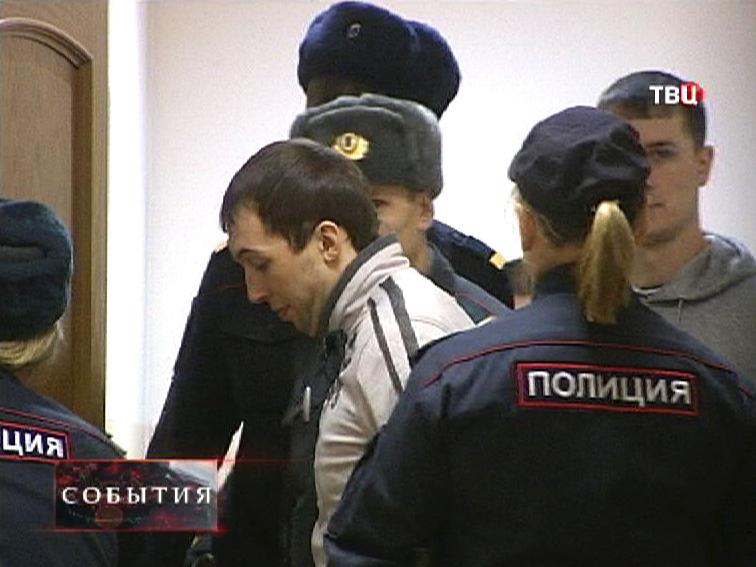 "Суд над участниками банды ""приморских партизан"""