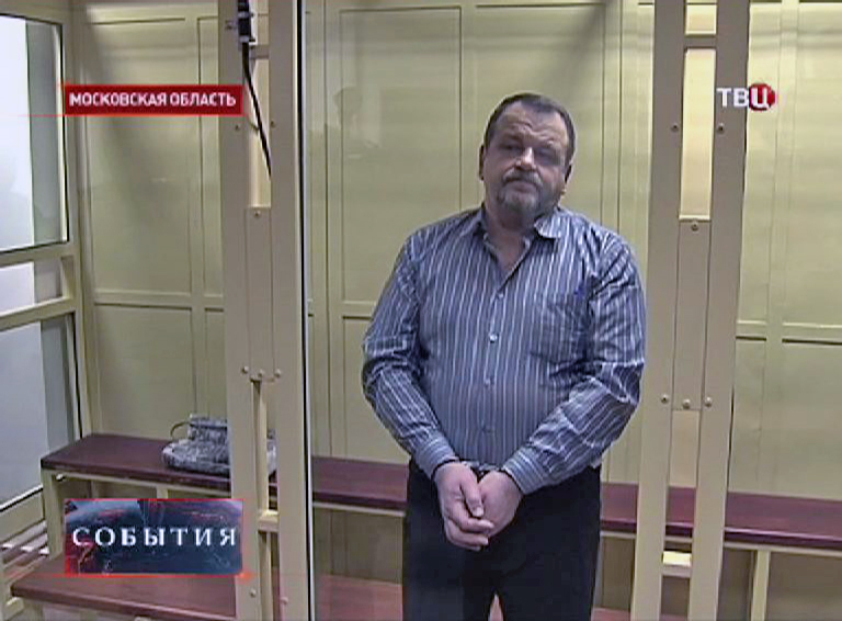 Авиадебошир Кабалов в зале суда