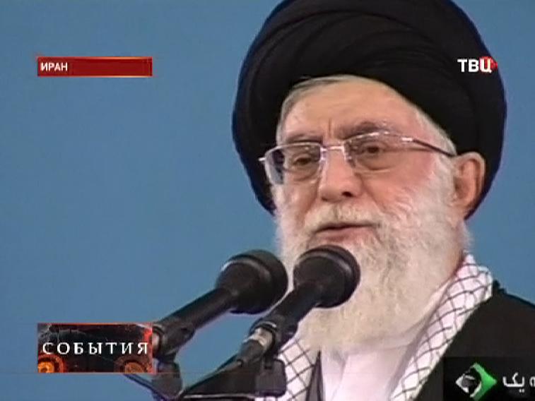 Духовный лидер Исламской республики Иран Али Хаменеи