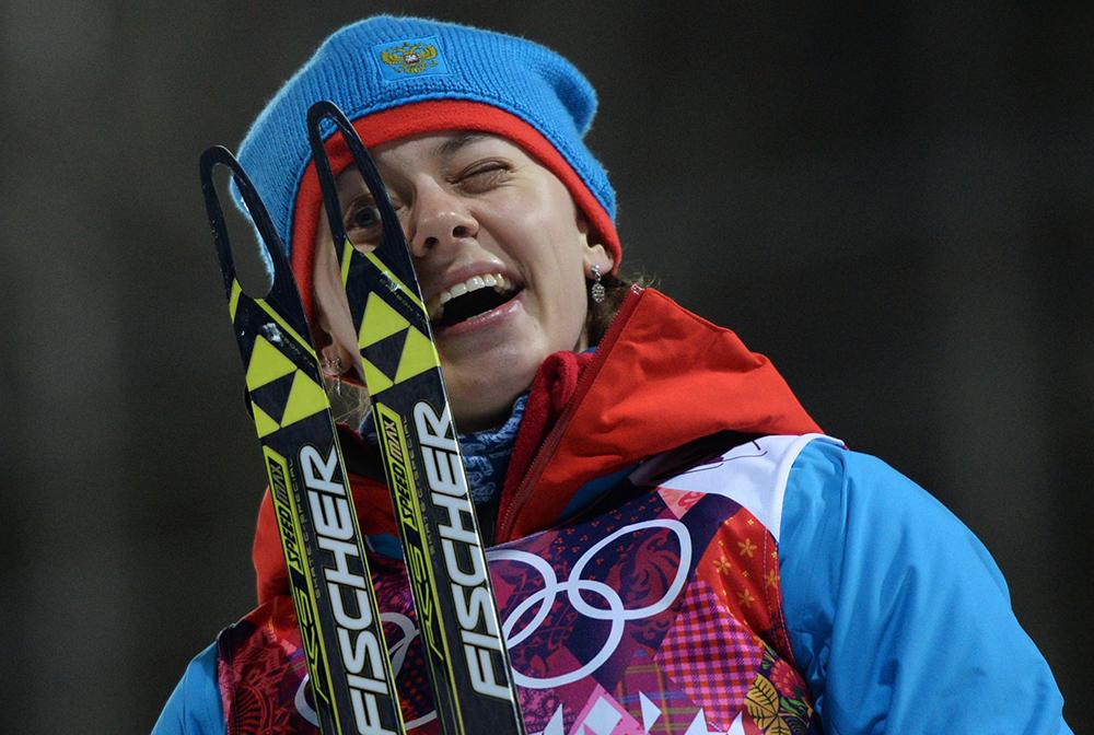Ольга Вилухина (Россия), завоевавшая серебряную медаль в спринтерской гонке на соревнованиях по биатлону среди женщин