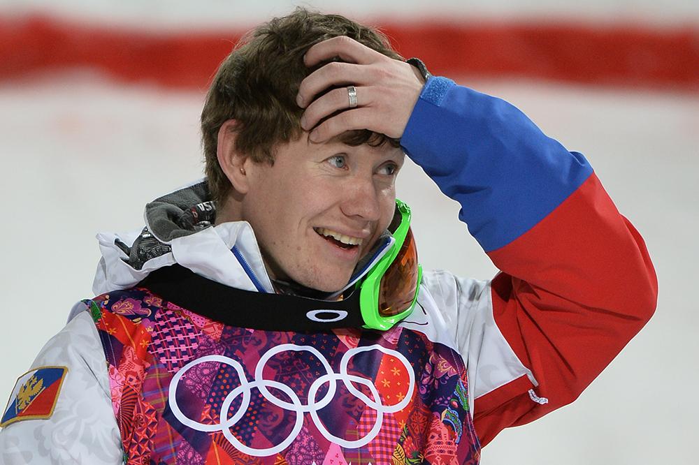 Александр Смышляев (Россия) в финале могула на соревнованиях по фристайлу среди мужчин
