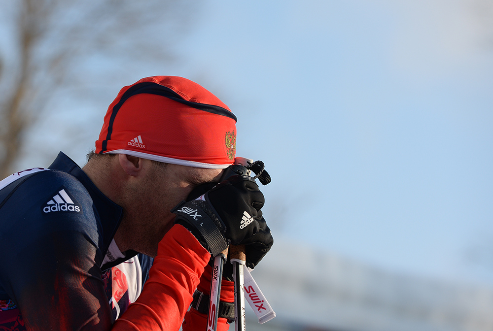 Антон Гафаров (Россия) на финише полуфинального забега индивидуального спринта