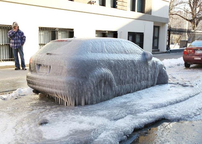 Ледяной дождь обрушился на Нью-Йорк
