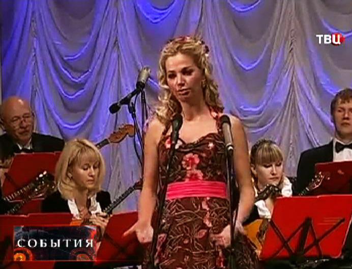 Оперная певица Мария Максакова на сцене
