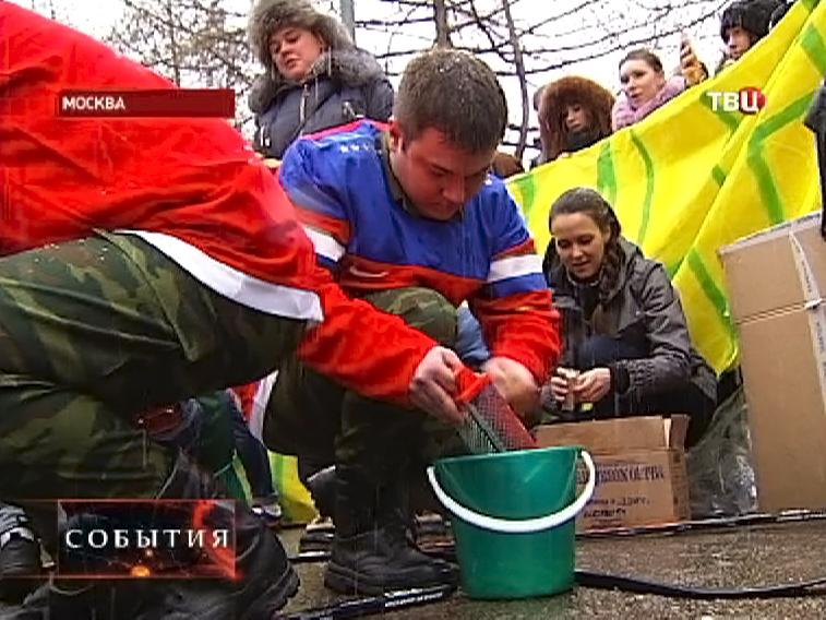 """Акция московских студентов """"Судью на мыло"""""""