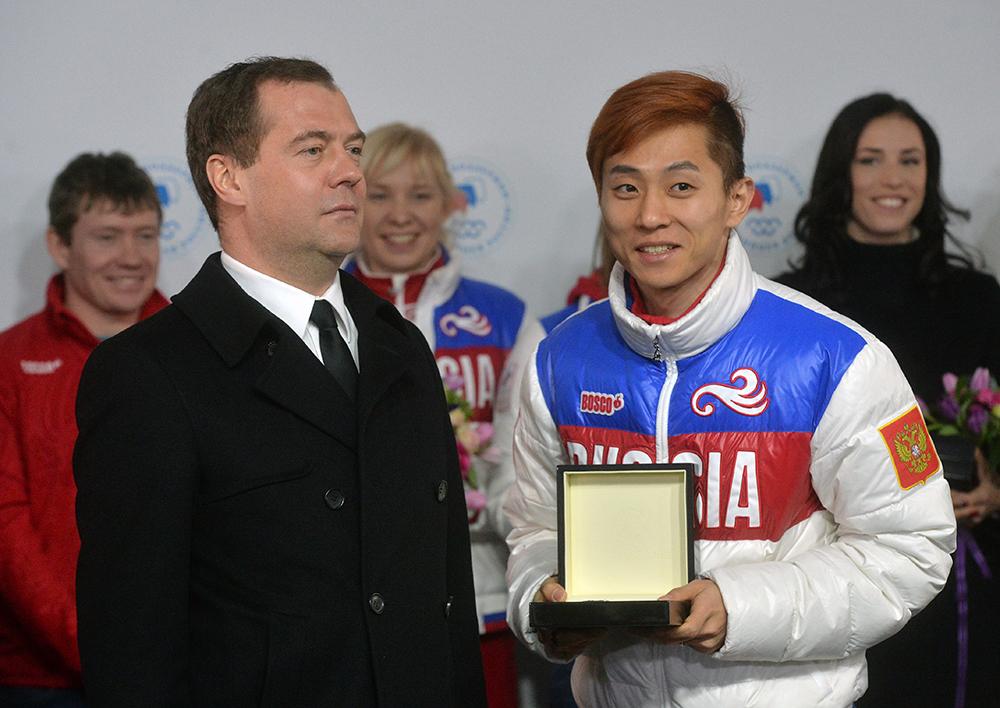 Дмитрий Медведев и трехкратный олимпийский чемпион и бронзовый призер олимпийских игр в шорт-треке Виктор Ан