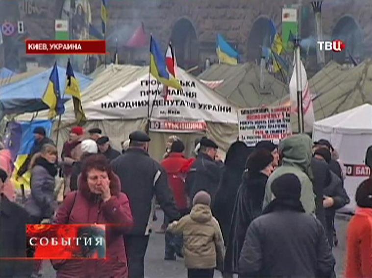 Палаточный городок на Майдане в Киеве