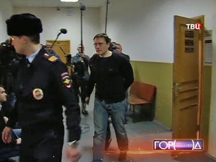 Ведут экс-замминистра финансов Подмосковья Валерия Носова