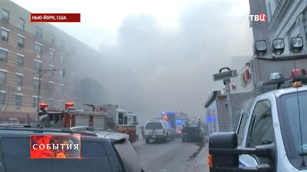 Пожарные на месте взрыва в США